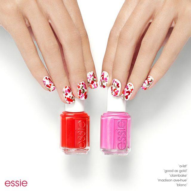 chic splatter nail art