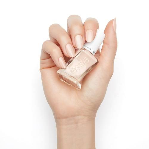 DO's and DON'Ts to Maintain that Salon Fresh Mani
